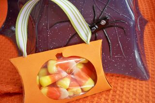 Pumpkin pillow box